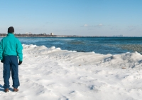 On the frozen shore of Lake Ontario