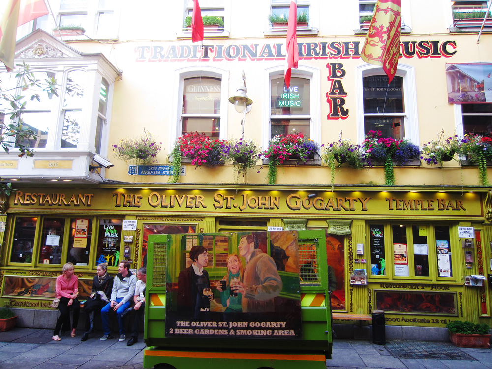 Oliver St John Gogarty Bar